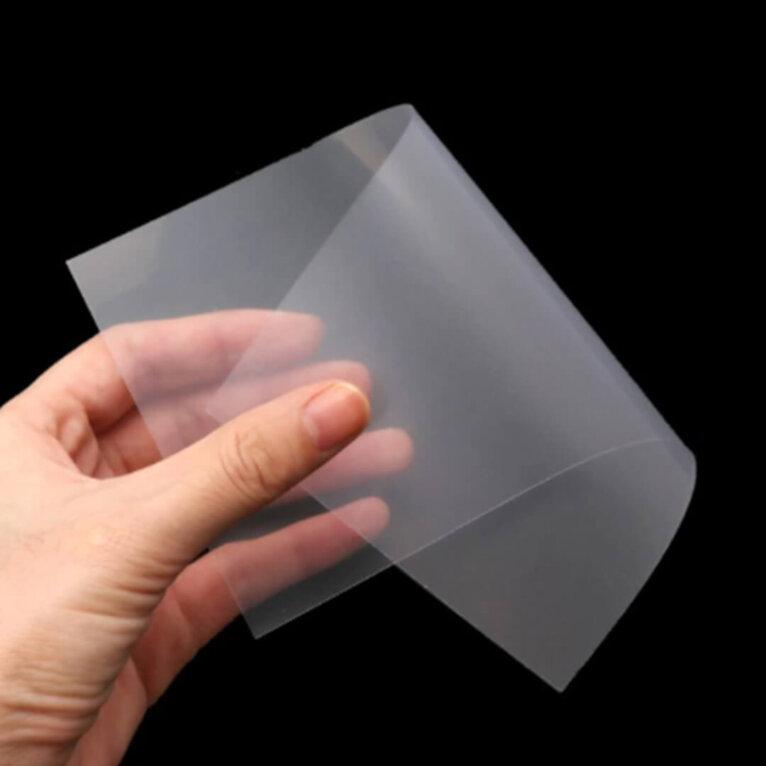 Õhuke plastik vormide valmistamiseks