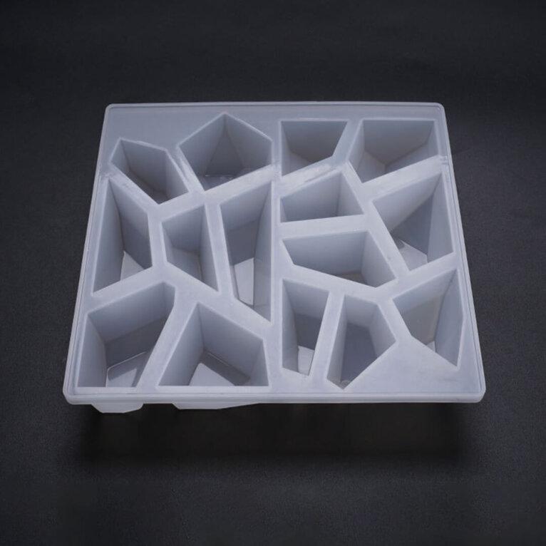 Kristallkivikeste valamise vorm