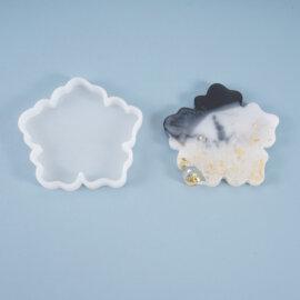 Silikoonvorm tassi või klaasialuse valamiseks, lillekujuline, 10,5 x 9,8 cm