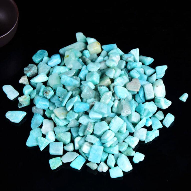Poolvääriskivid, amasoniit, 45 g