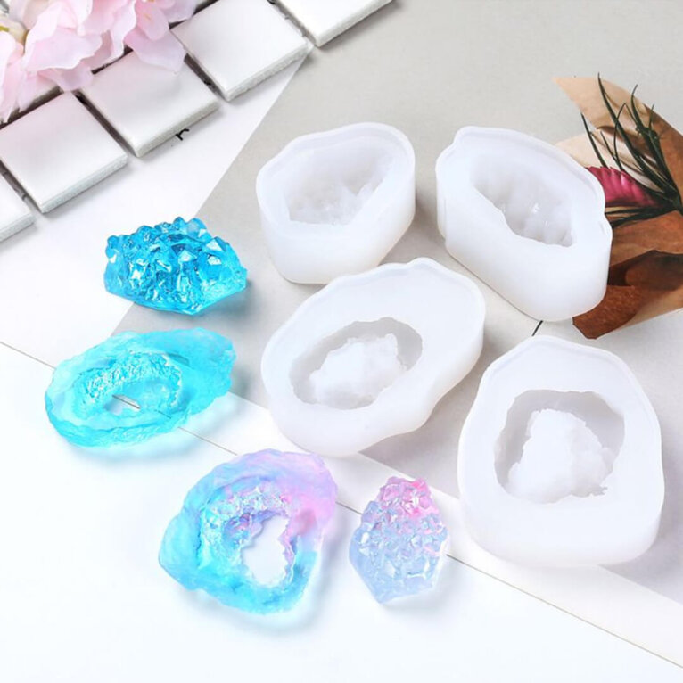 3D kristallide ja kivide valamise silikoonvormid