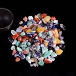 Poolvääriskivid, värvilised kristallid
